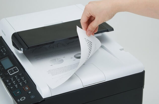 Що зламалося, якщо принтер блідо друкує